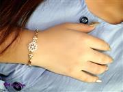 دستبند زنانه استیل نگین دار کد DZ1009