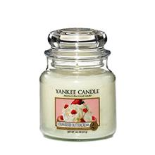 Yankee Candle Medium Strawberry Buttercream Candle