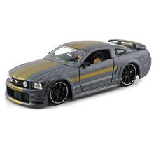 Jada 2006 Ford Mustang GT Toys Car