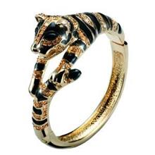 دستبند زنانه الیور وبر توپاز طرح ببر طلایی Tiger gold lt col topaz