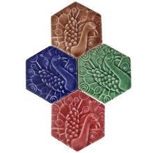 کاشی شش ضلعی نقش طاووس مجموعه چهار عددی کد 169018